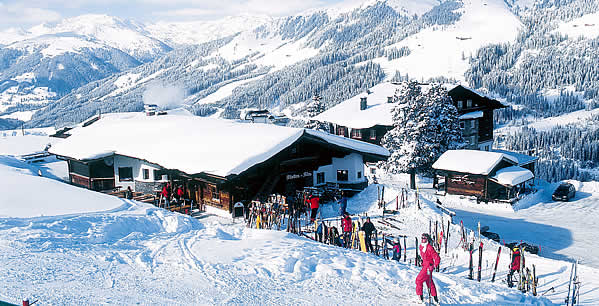 skiing in Zillertal with apres ski, winter holidays in Salzburg, Ziller Valley Arena